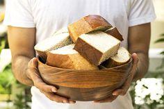 Άρτος Κρητικός (για Αρτοκλασία) Easy Bread, Dry Yeast, Cinnamon Sticks, Cornbread, Vegan Vegetarian, Bread Recipes, Greek, Snacks, Baking