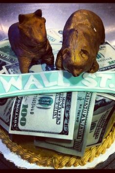 Bull and Bear Birthday Cake. For this Wall Street financial advisor's birthday, we thought we'd give him some Benjamins (made out of sugar, of course!). Photo by Sugar Flower Cake Shop. www.sugarflowercakeshop.com