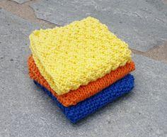 Jeg liker litt enkle kluter best, og under her finner du noen forslag på hvordan… Knit Dishcloth, Knit Picks, Knitting Patterns, Knit Crochet, Diy And Crafts, Blanket, Sewing, Handmade, Potholders