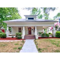 Lovely bungalow in Durham, would love a big porch like this!  #realtor #realestate #newhome #bungalow #durham #bullcity