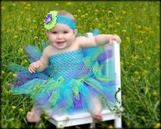 Prettier than a peacock, this designer girls peacock tutu dress captures the beauty of Mother Nature in magnificent detail. Hand-tailored to perfection, it f. Baby Girl Bows, Baby Tutu, Baby Girl Headbands, Girls Bows, Baby Dress, Baby Girls, Peacock Tutu, Peacock Hair, Birthday Frocks