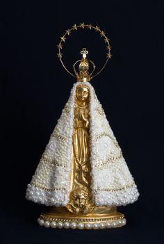 Imagem Nossa Senhora Aparecida 30cm - Linda coroa resplendor e trabalho no strass, pérola e flores de renda