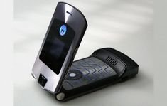 Motorola RAZR might return in a different way The RAZR is arguably Motorolas most iconic phone even if in terms of functionality it didnt exactly stand out from other mobile phones back then. Instead it was revolutionary in its design both in its overall appearance as well as its loyalty to the dying flip phone form factor. Given that it seems fashionable to revive iconic phones these days  Continue reading #pokemon #pokemongo #nintendo #niantic #lol #gaming #fun #diy