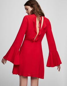 Frilled dress - Dresses - Clothing - Woman - PULL&BEAR United Kingdom
