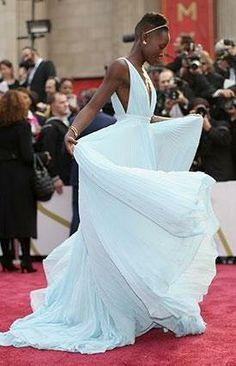 Lupita Nyong'o in Prada at 2014 Oscars. such a beauty.