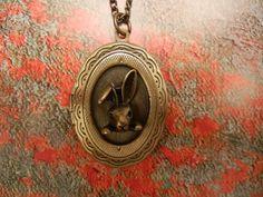 L'oiseau Acessórios Vintage: Colar Lil' Bunny
