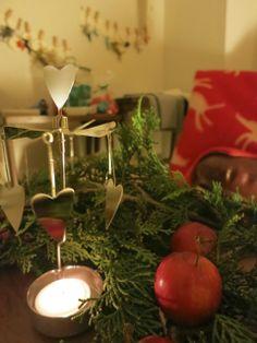 HAYAMA SUNDAYのブランケットとか Hayama, Table Decorations, Christmas Ornaments, Holiday Decor, Home Decor, Decoration Home, Room Decor, Christmas Jewelry, Christmas Decorations