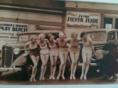 Everything Coastal....: Vintage Swimming Girls