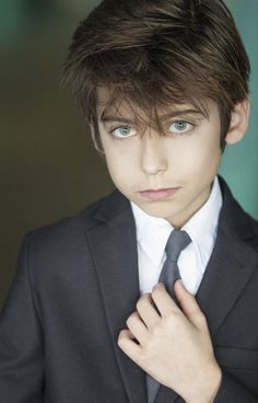 Aidan Gallagher of Nickelodeon's Nicky Ricky, Dicky and Dawn! Headshot by Aly Blue Headshots, Los Angeles.