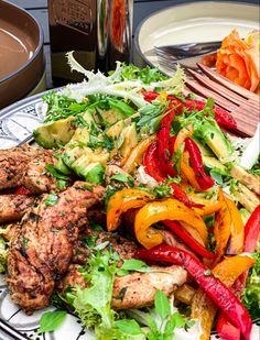 Lchf, Keto, I Want To Eat, Tandoori Chicken, Soul Food, Salad Recipes, Foodies, Avocado, Spices