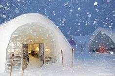 Google Image Result for http://0.tqn.com/d/gocanada/1/0/6/9/-/-/Ice_Hotel_chapel_exterior.jpg