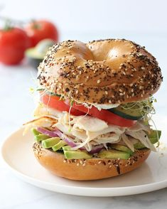 Healthy Bagel, Healthy Eating, Clean Eating, Onion Bagel, Sandwiches For Lunch, Sandwich Ideas, Bagel Sandwich, Bagel Recipe, Everything Bagel