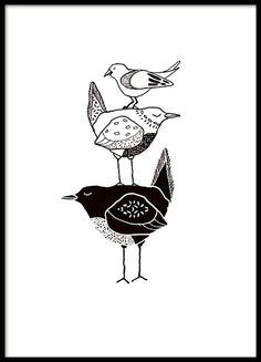 Poster/print met drie grafische vogels in zwart-wit. Deze poster past mooi samen met onze andere kinderposters of motieven van onze grafische categorie. Doe deze posters in een zwarte of witte fotolijst en maak een mooie kinderposer die perfect is voor de kinderkamer met verschillende kinderposters.  www.desenio.nl