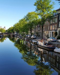 #amsterdam #amsterdamcanals #reflection