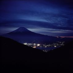 Mt. Fuji and Kawaguchiko at night / potopoto53age