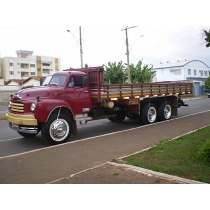 Caminhão Antigo Bedford