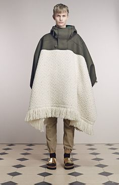 Sacai (designer Chitose Abe) presented its A/W men's collection at the Temple Protestant de l'Oratoire du Louvre in Paris, France. Rare Clothing, Casual Hijab Outfit, Monochrome Fashion, Fashion Outfits, Womens Fashion, Fashion Trends, Fashion Details, Fashion Design, Men Looks