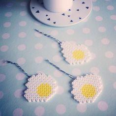 Hama, beads, perler, eggs, æg, egg, Easter, påske. By Sara Seir