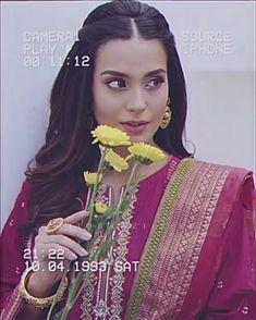 Stylish Dress Book, Stylish Dresses, Cute Funny Baby Videos, Cute Funny Babies, Pakistani Girl, Pakistani Actress, Bridal Songs, New Bridal Dresses, Athiya Shetty
