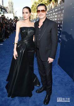 布萊德彼特(右)日前陪安潔莉娜裘莉(左)參加《黑魔女:沉睡魔咒》首映,無辜挨揍。
