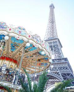 carousels in paris