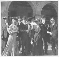 Visitors to St. Louis Worlds Fair 1904