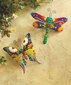 colorful pictures of dragon flies | Colorful Gecko, Butterfly or Dragonfly Garden Art Patio Decor Colorful ...