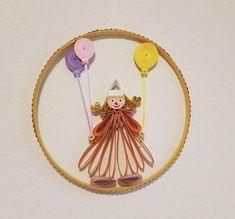 "Quilling ""Clowns"" Preis 15 € Durchmesser 13,7 cm Quilling, Clowns, Dream Catcher, Home Decor, Art, Sculptures, Canvas, Random Stuff, Bedspreads"