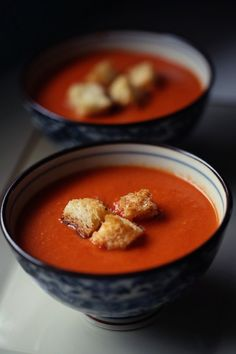 Homemade Creamy Tomato Soup: 1-28 oz can whole tomatoes, 1tbs red wine vinegar, 1 garlic clove, crushed, 1tbs olive oil, 1 tsp herbs (thyme, rosemary, sage, oregano), 1/8 cup cream, salt & pepper to taste
