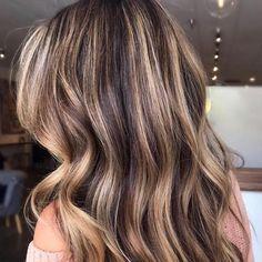Caramel Blonde Hair, Brown Blonde Hair, Light Brown Hair, Light Hair, Red Hair, Hair Color Caramel, Golden Blonde, Brunette Hair Color With Highlights, Brunette Color