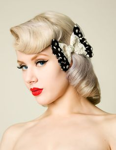 Wonderfully pretty vintage inspired hair (and make-up). #vintage #hair #hairstyle #bow