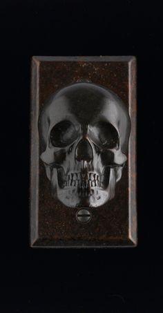 Faucetto skull door knob