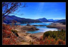 Lac de Serre-Poncon - Alpes - France