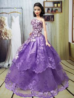 """Fashion Princess"" dress for Barbie 