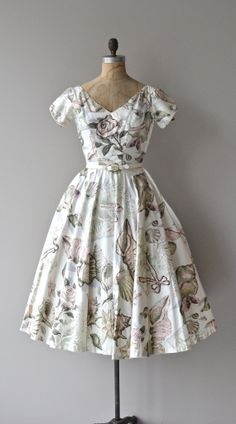 Turritella & Cowry dress floral print 50s dress by DearGolden