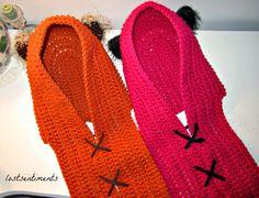 Orange & Pink Yub Nub Scoodies - link to free pattern in post - Ewok and Star Wars Crochet