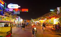 Most of the Sihanoukville bars and nightclubs in Downtown are tailored towards the expat community. They serve international liquor, beer, and other alcoholic beverages, and also offer international cuisines in a western themed setting.