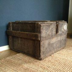 Oude #vintage #houten #kist voor een #landelijke uitstraling in je #interieur