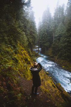 Exploring Waterfalls in Oregon: Sahalie and Koosah Falls - The Mandagies