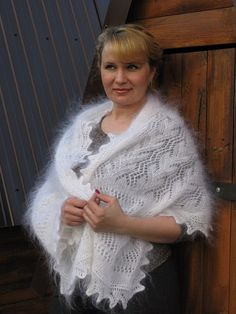 Check out Very light downy stole. Very light white stole made of goat down. Beautifull fuzzy stole. on downworkshop