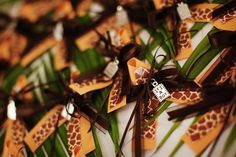 CUTE pins for guests to wear at safari themed baby shower