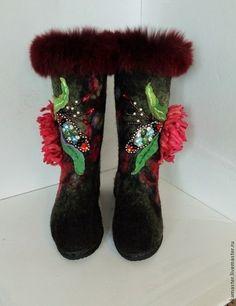 """Обувь ручной работы. Заказать Валенки """"Аленький цветочек"""". Лада Фокс. Ярмарка Мастеров. Самокатки, подарок, шерсть овечья"""