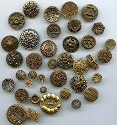 SOLD: vintage brass twinkle buttons