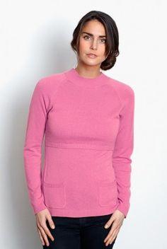 #Jersey #lactancia Helsinki De manga larga y cuello cerrado, muy cálido y en un tono rosa, muy favorecedor. Tejido de punto muy suave (no pica) y de gran #calidad, de nuestra marca nórdica favorita. Te encantará. Composición: 50% #lana, 50% #viscosa. Descúbrela en: www.tetatet.es Envíos internacionales #nursing #comfortable #elegant #breastfeed #Soft #wool excellent #quality Available in two colors Find out at: www.tetatet.es International deliveries