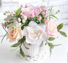 """Купить Букет цветов """"Розовое облако"""" с розами, ландышами и гиперикумом - tanya flower, букеты из глины"""