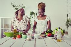 Join the #Hive at #BlackGirlsNutrition & get the #SecretSauce to #dietfree weight loss from local experts in #nutrition & #wellness.