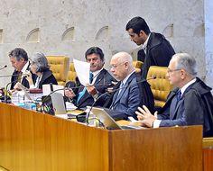 Brasília 14.04.2016 - O Plenário do Supremo Tribunal Federal (STF) decidiu cancelar a sessão de julgamentos desta quinta-feira (14), às 14h, realiza sessão extraordinária nesta quinta-feira para analisar processos referentes a rito do impeachment. A sessão extraordinária foi convocada para hoje, às 17h30 (Antonio Cruz/Agência Brasil) ***DIREITOS RESERVADOS. NÃO PUBLICAR SEM AUTORIZAÇÃO DO DETENTOR DOS DIREITOS AUTORAIS E DE IMAGEM***