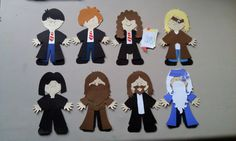 Harry Potter paper dolls-I could make these with my Cricut!