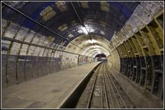 Deserted Places: Visiting the abandoned Aldwych Tube Station
