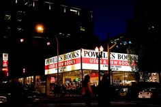 Powell's Books in Portland, Oregon, USA --- If I ever do make a west coast trip, this is definitely on my list of places I must see!!